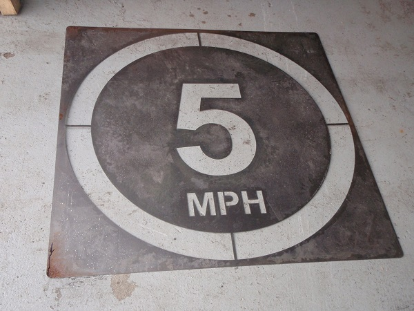 5mph speed restriction stencil